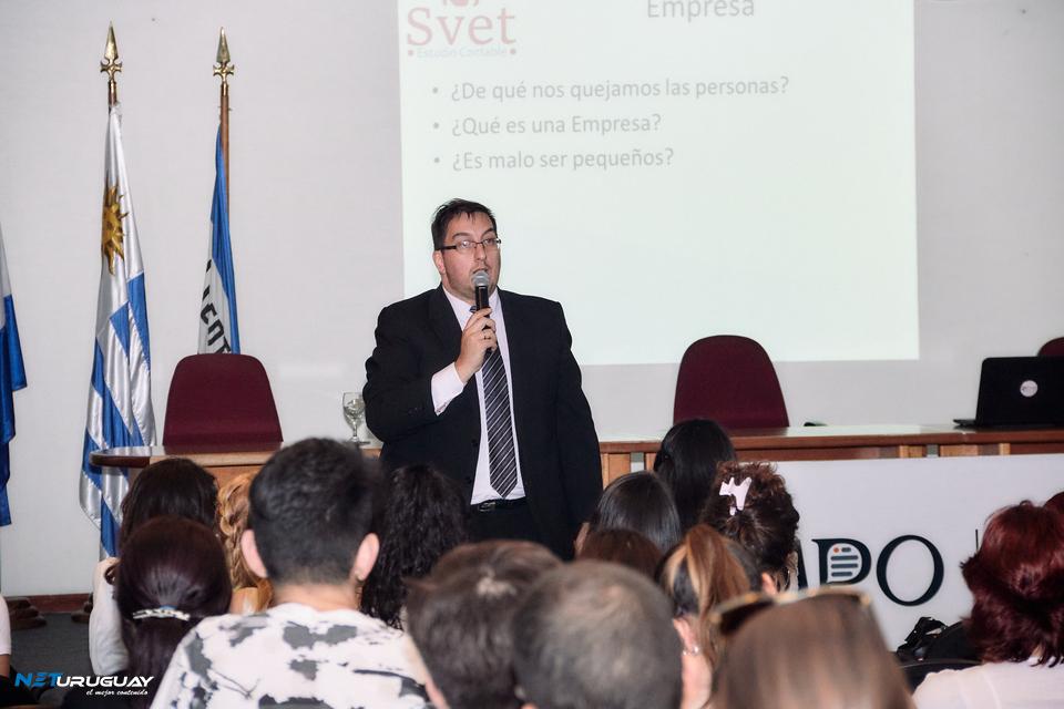 """El Cr. Alexei Yaquimenko brindó la conferencia """"Educación Financiera"""" en INFA"""