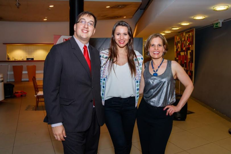 Cobertura del programa Twister de Flavia Pintos del brindis de fin de año de Svet
