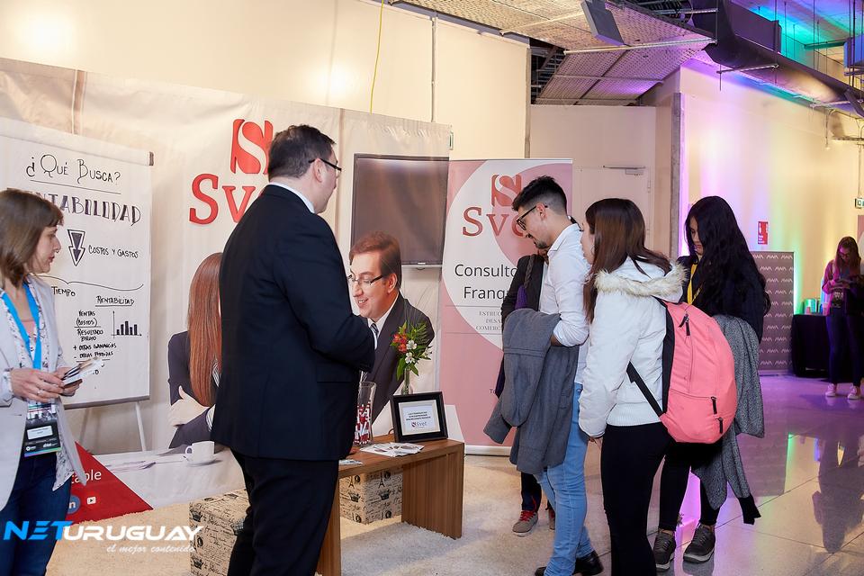 Svet apoyó el festejo de las PYMES